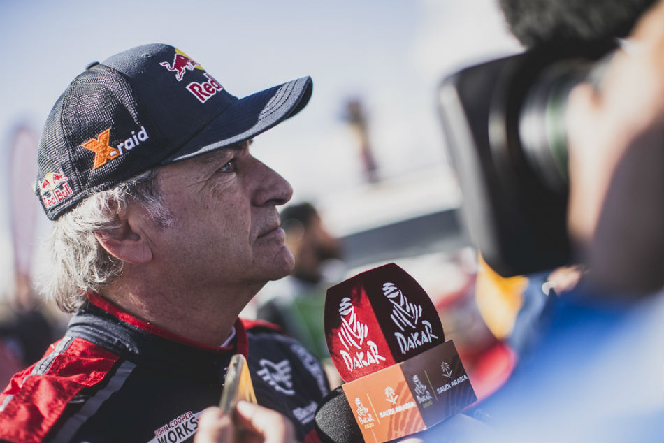 Dakar 2020 Sainz Extends Lead After Stage 5 Win Al Attiyah