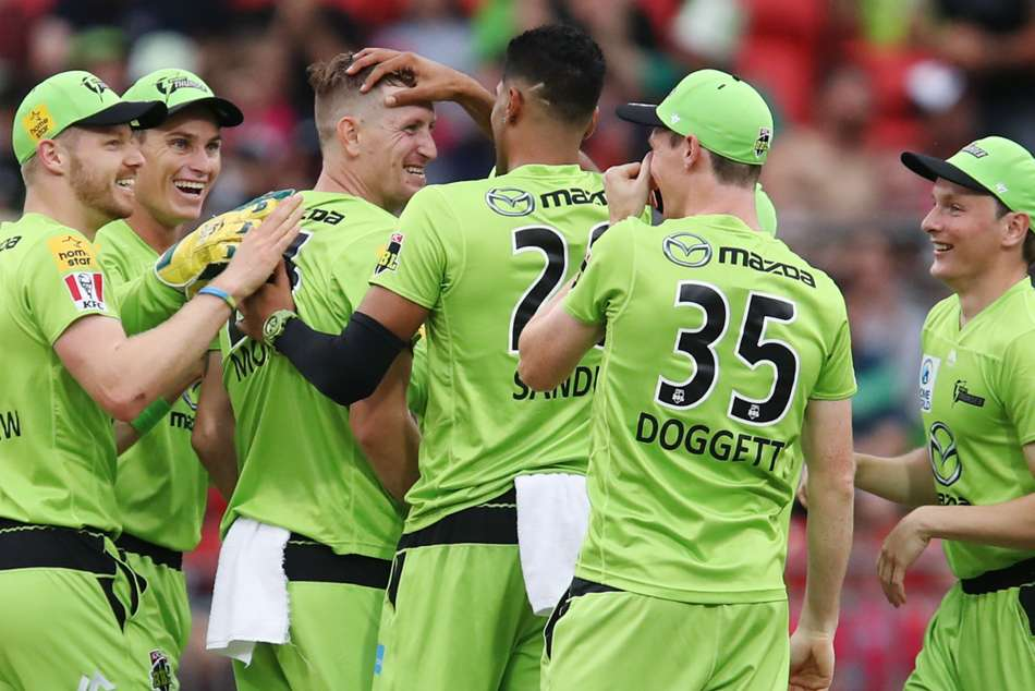Big Bash League: Thunder tear through Sixers in DLS win