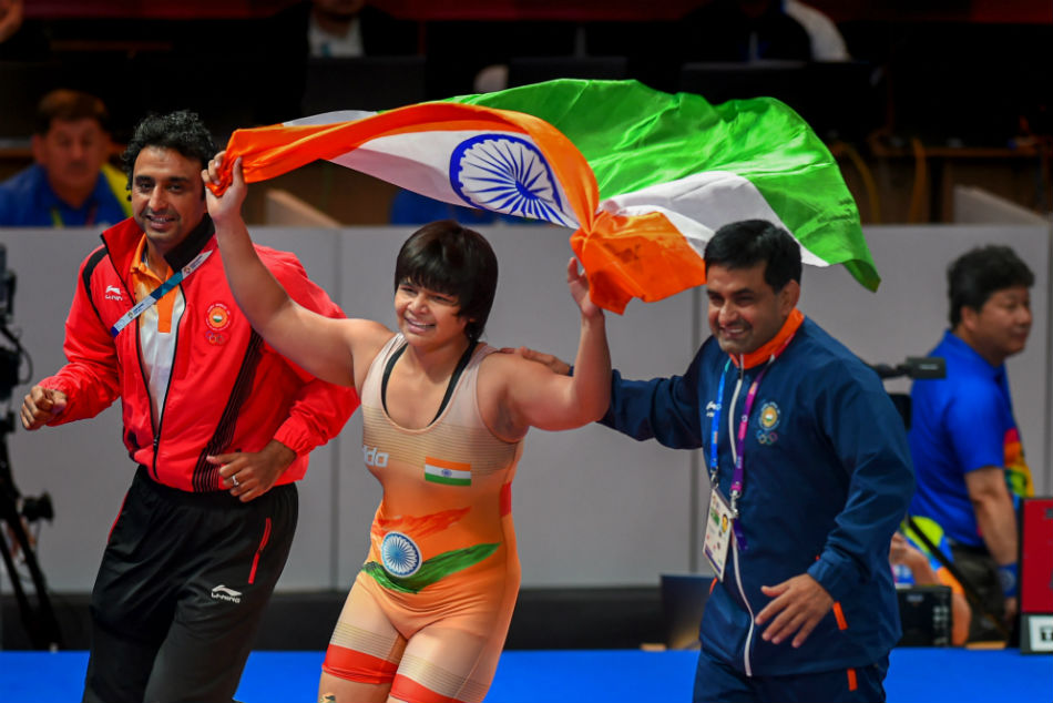 Asian Wrestling Championships: Divya Kakran, Sarita clinch gold medal on Day 3 Indian women start on a bright note