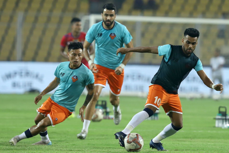 FC Goa players warm-up during training. Credit: ISL Media