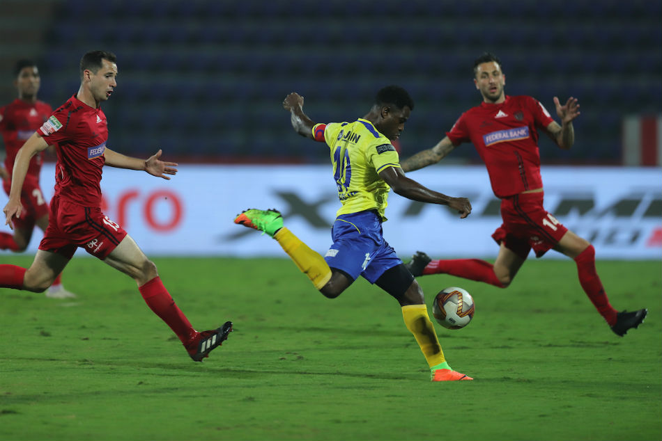 KBFC's Bartholomew Ogbeche tried desperately but could not break the deadlock against NEUFC during their match in Guwahati: ISL Media.