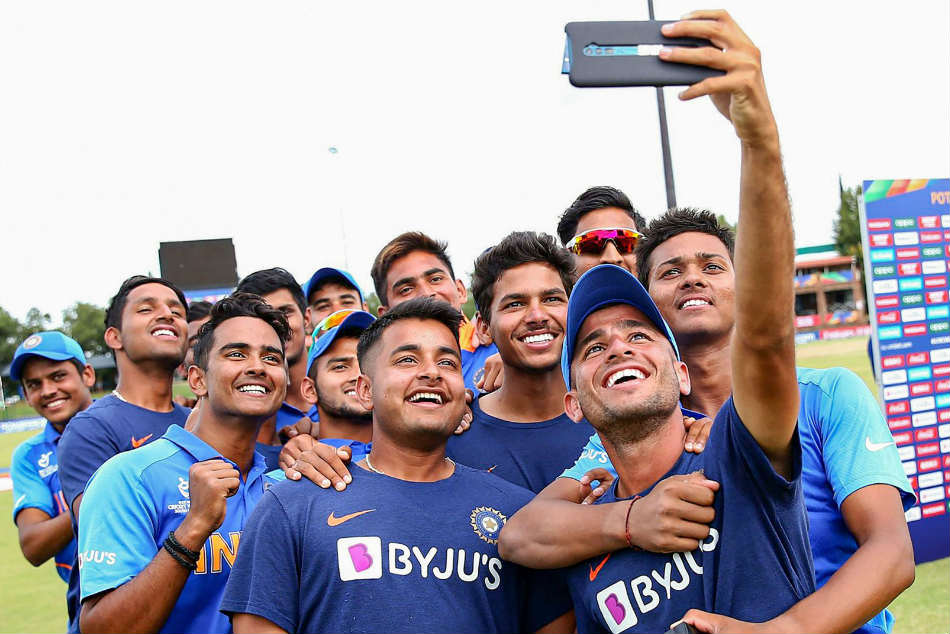 ICC U-19 World Cup: India U-19s relax by visiting Mandela Square ahead of World Cup final