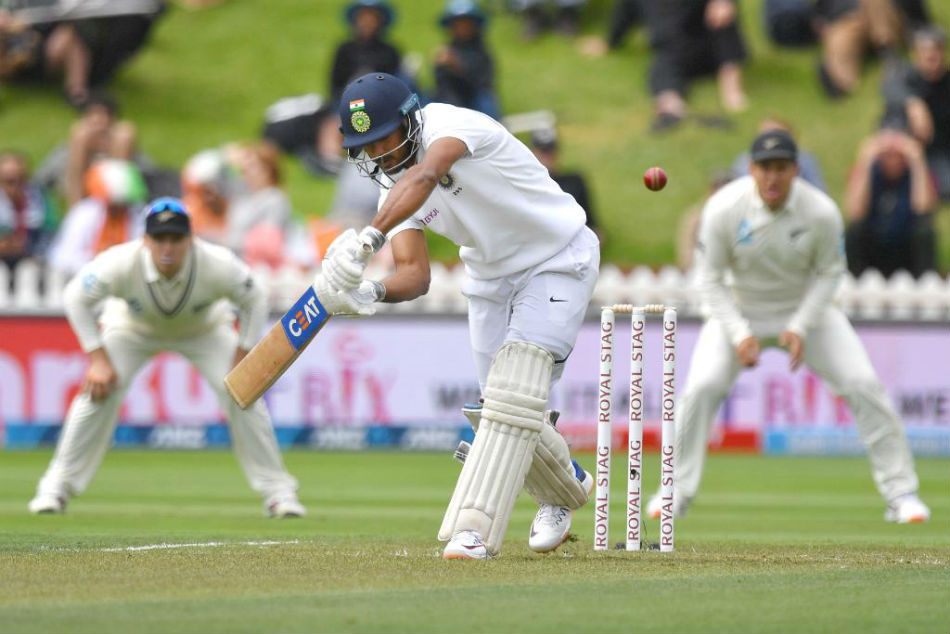 New Zealand coach Stead surprised by Indian batting, expects strong comeback