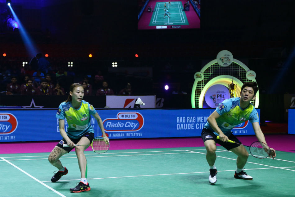 North Eastern Warriors demolished Chennai Superstarz 3-(-1) to reach the final of the Star Sports Premier Badminton League for the first time in Hyderabad on Friday (February 7). Lee Cheuk Yiu and the mixed doubles pair of Lee Yong Dae-Kim Ha Na contributed the wins to put the Guwahati-based franchise ahead in their first-ever semi-final.