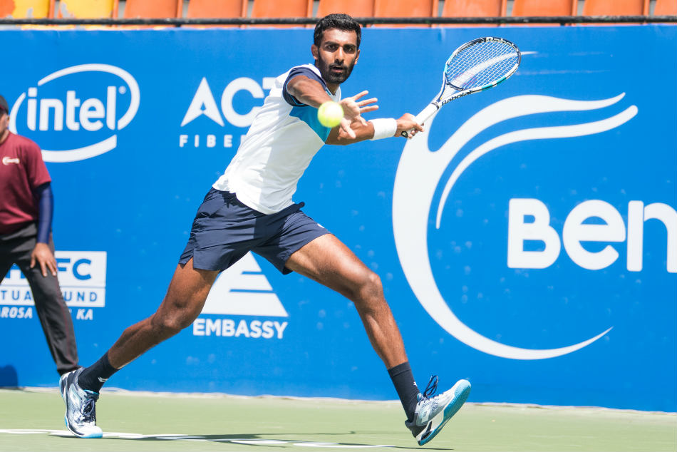 Bengaluru Open Paes Enthralls Crowd Prajnesh Ramkumar Advance