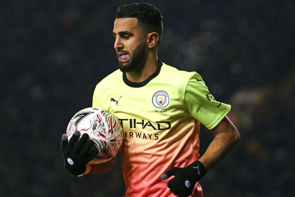 Riyad Mahrez open to PSG move