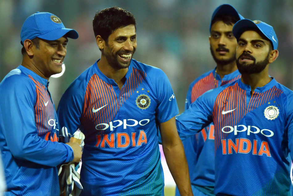 Ashish Nehra regrets abusing MS Dhoni for a dropped Shahid Afridi catch during a match in 2005