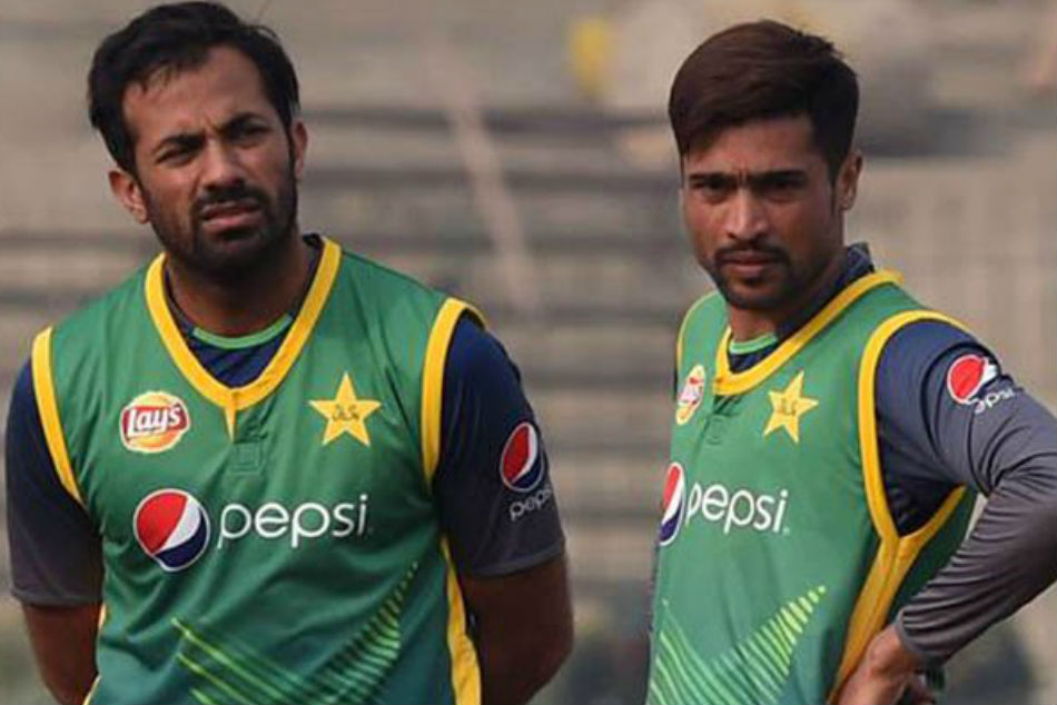 Wahab Riaz and Mohammad Aamir quit red-ball cricket last year