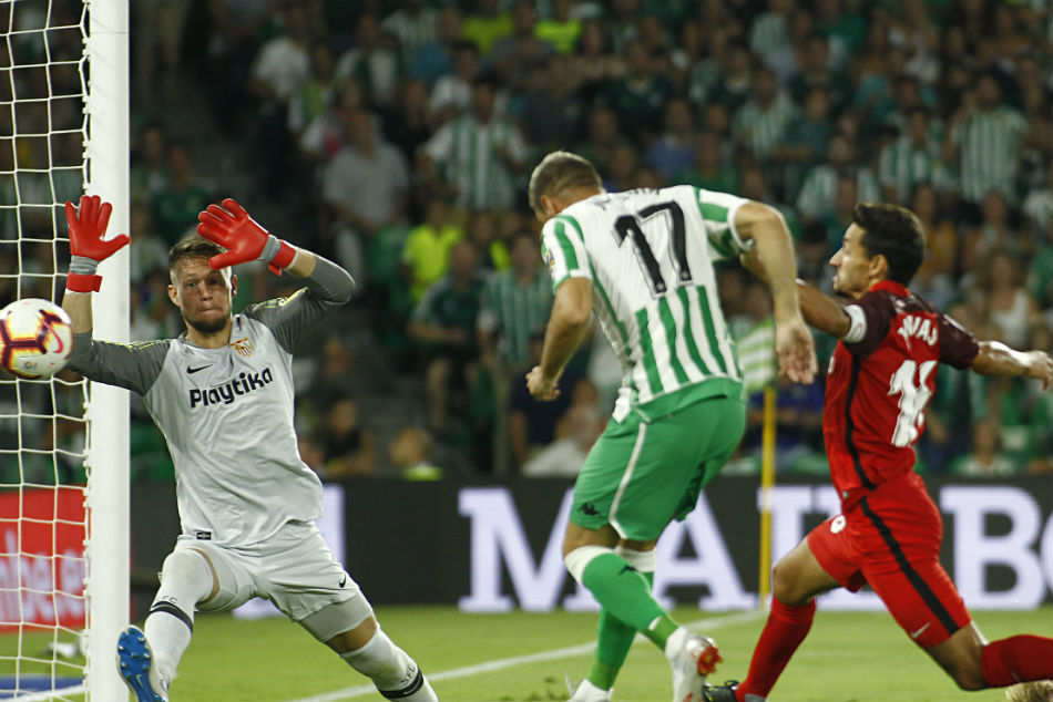 La Liga Lockdown Diaries: Real Betis pays tribute to coronavirus warriors