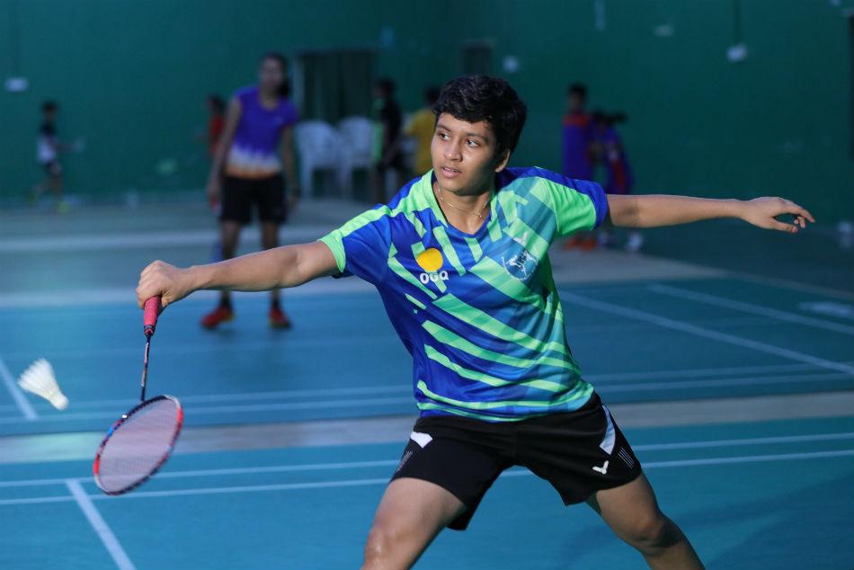 Badminton Prodigy Tasnim Mir Observing Roza Studying Via Byju S App During Covid 19 Lockdown