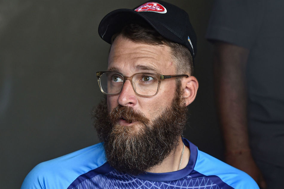 Daniel Vettori asks Bangladesh Cricket Board to donate part of salary to low-income staff