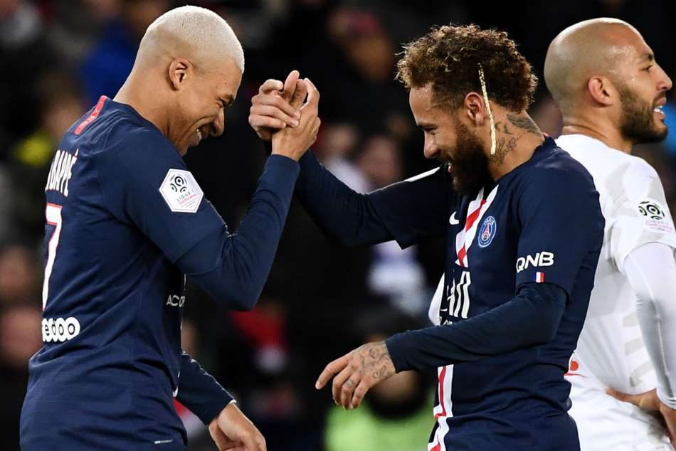 Mbappe and Neymar are 'very happy' at PSG, says Herrera
