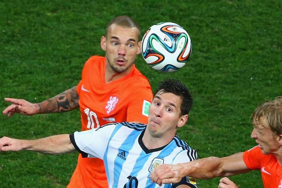 Sneijder makes bold Messi and Ronaldo claim
