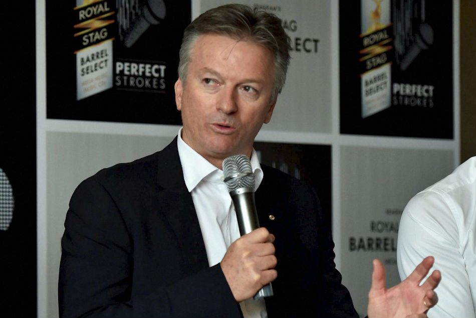 Steve Waugh's supervisor helps increase funds for India's physically-challenged cricketers