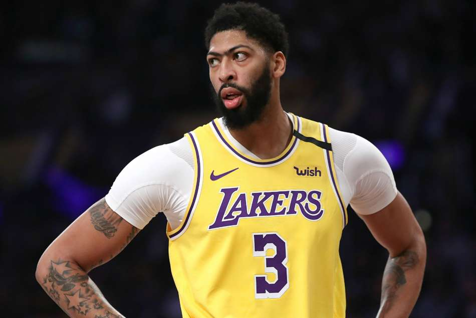 Lakers star Anthony Davis to wear own name on jersey
