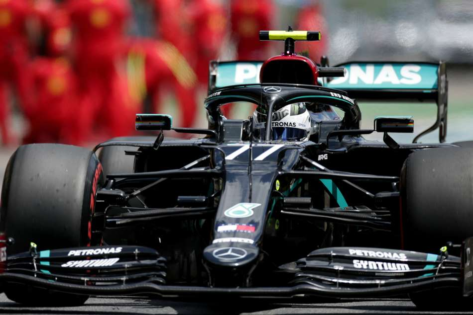 Bottas feels Mercedes 'in our own league' after dramatic Austria pole