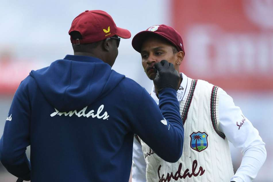 England vs West Indies, third Test: Dowrich changed by Da Silva after taking blow to the face