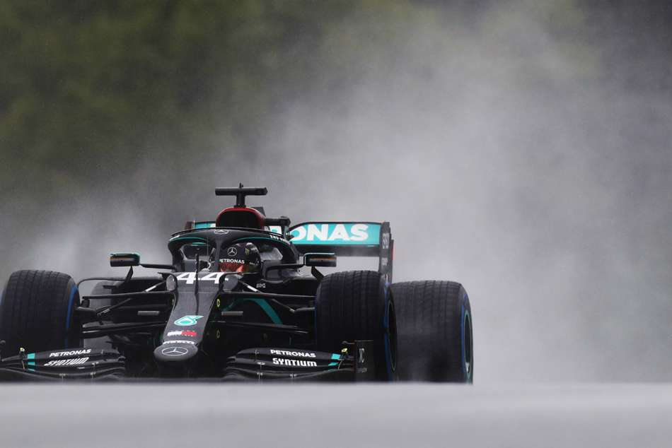 Hamilton supreme in the rain to claim Styrian Grand Prix pole