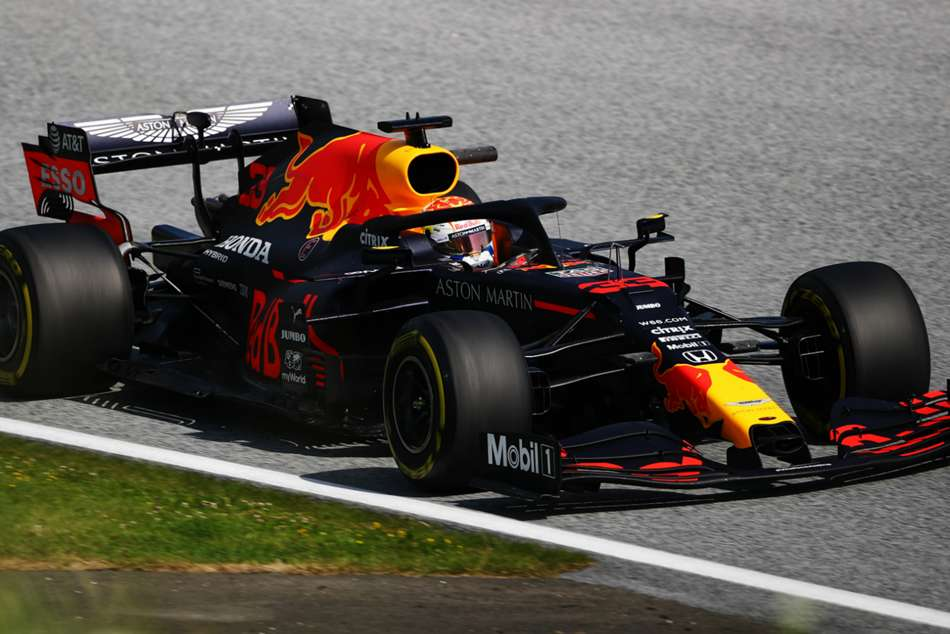 Verstappen sets early Styrian Grand Prix pace amid weather warnings