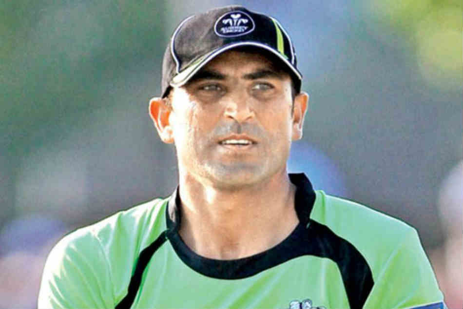 Younis once held a knife to my throat when I offered him batting advice: Flower