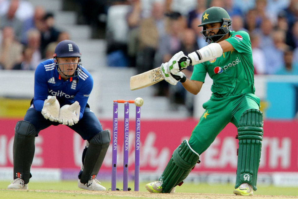 Babar Azam deserves to play in IPL, don't want to get into India-Pakistan politics: Nasser Hussain