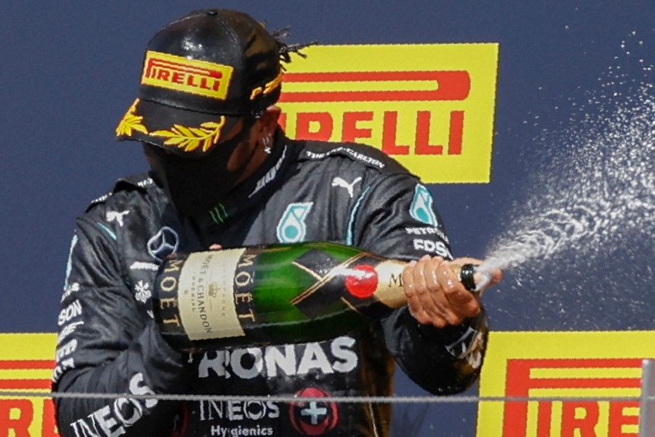 F1 2020 Hamilton Limps To Dramatic Home Win Puncture Costs Bottas
