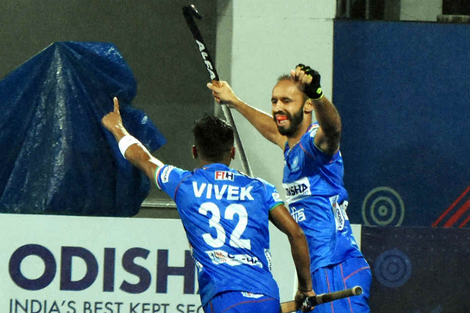 Covid 19 Crisis Hockey India To Provide Financial Assistance To 61 Unemployed Players