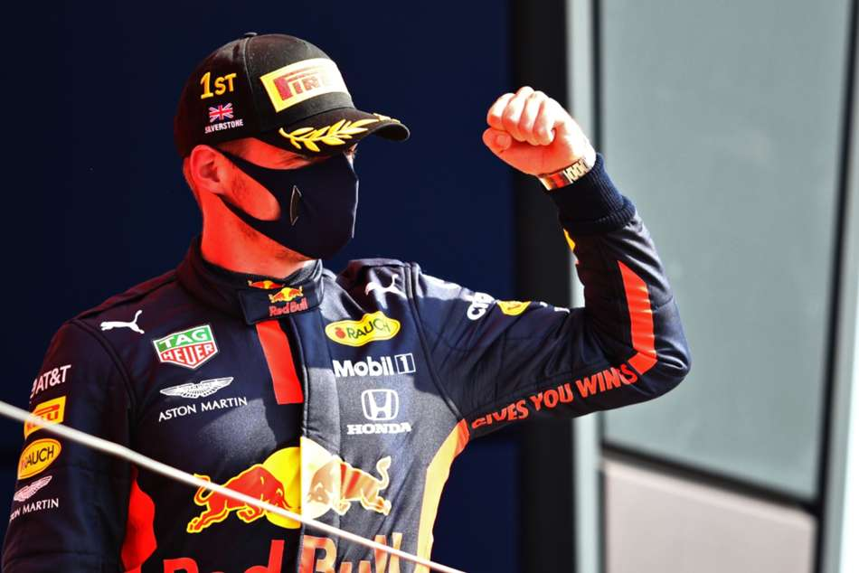 Red Bull boosted in title bid after 'easy' Verstappen victory