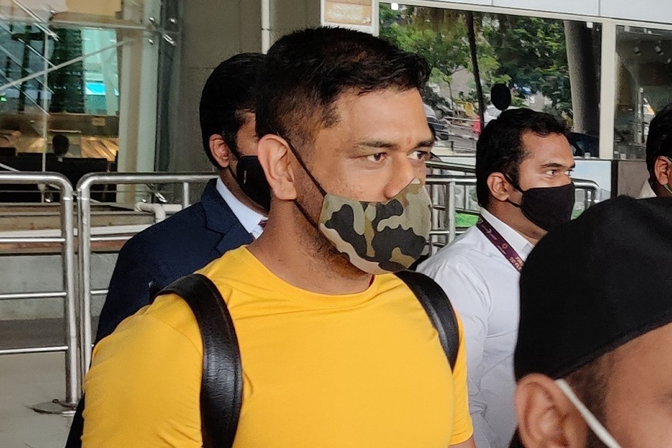 IPL 2020: MS Dhoni arrives in Chennai along with fellow Chennai Super Kings teammates to resume practice