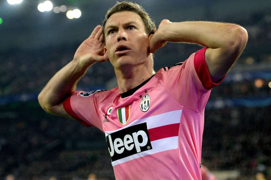 Former Juventus and Arsenal defender Lichtsteiner retires from football