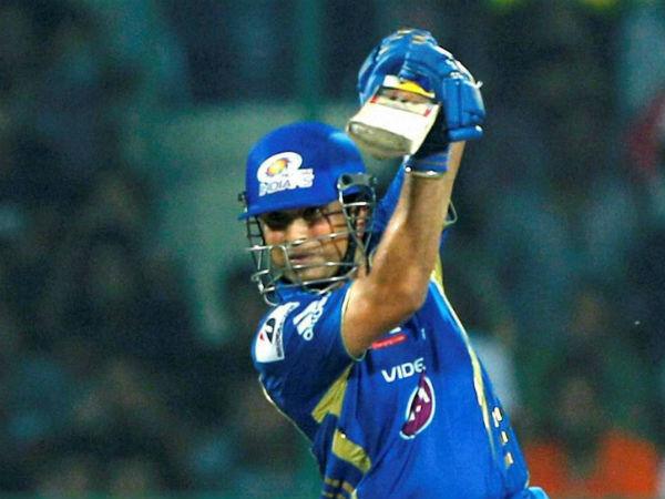 1. Kohli, Tendulkar only Indian MVPs in IPL