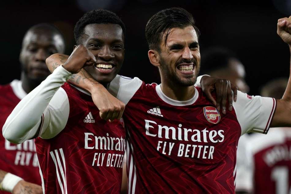 Arsenal 2-1 West Ham: Nketiah edges Gunners to victory