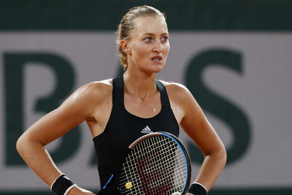 French Open 2020: Mladenovic calls for video help at Roland Garros after glaring umpire error