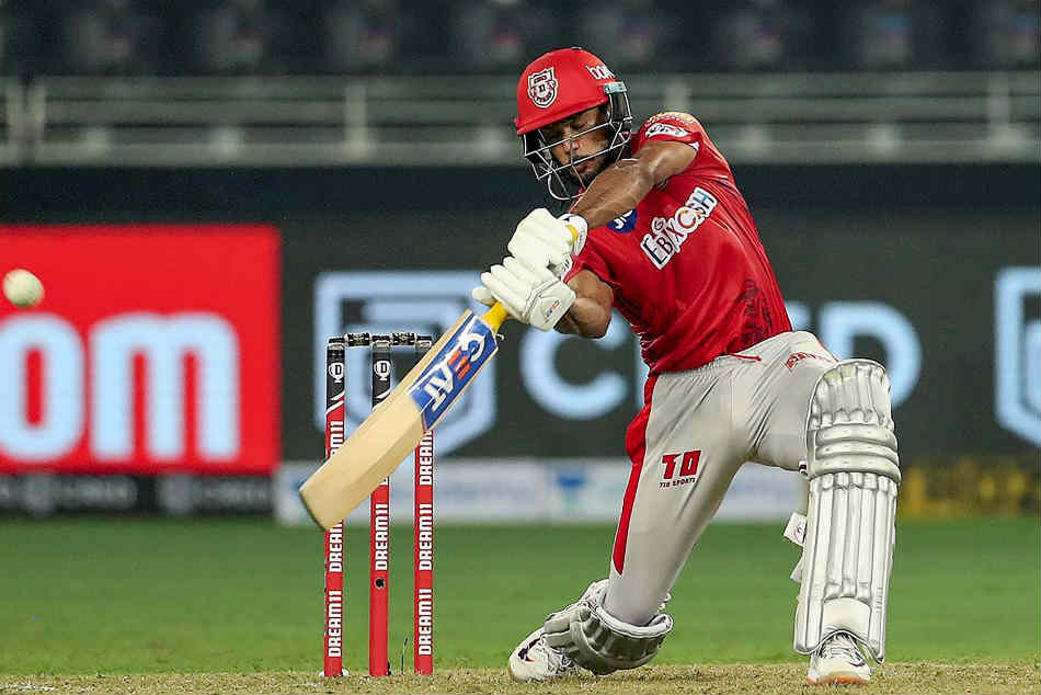 Mayank Agarwal crestfallen after Kings XI Punjab lost in the Super Over