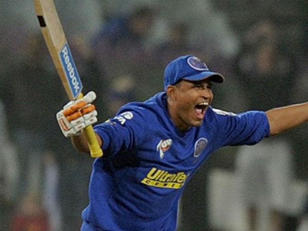 2. Yusuf Pathan - 100 in 37 balls