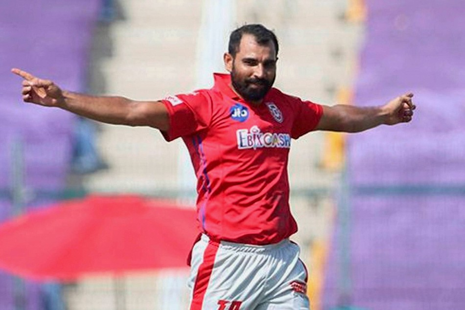 IPL 2020: KKR vs KXIP, Match 46, 1st innings: Kings XI Punjab restrict Kolkata Knight Riders to 149/9