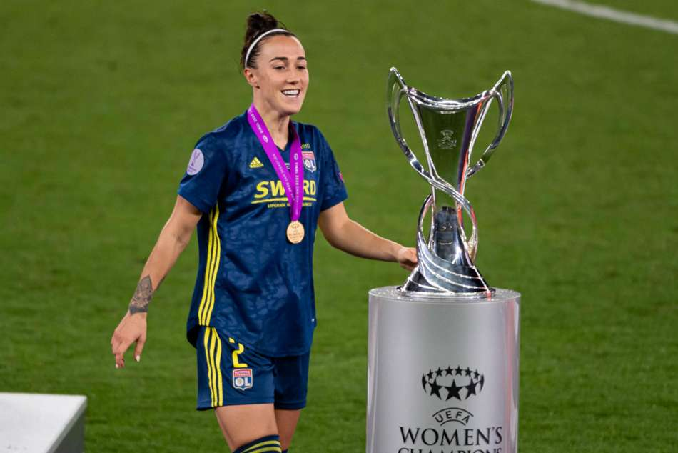 Lucy Bronze - cropped