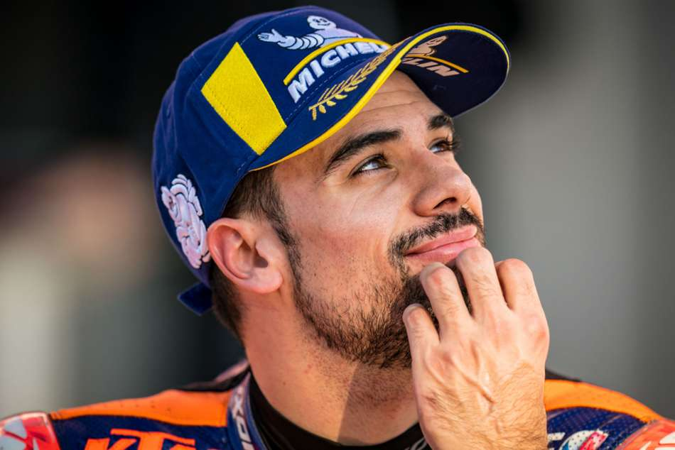Oliveira Signs Off In Style In Portugal To Cap Crazy Motogp Season