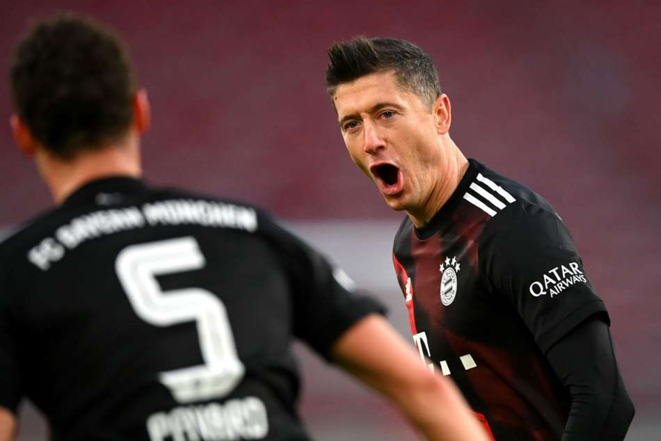 Bundesliga: Stuttgart 1-3 Bayern Munich: Champions battle back to claim victory