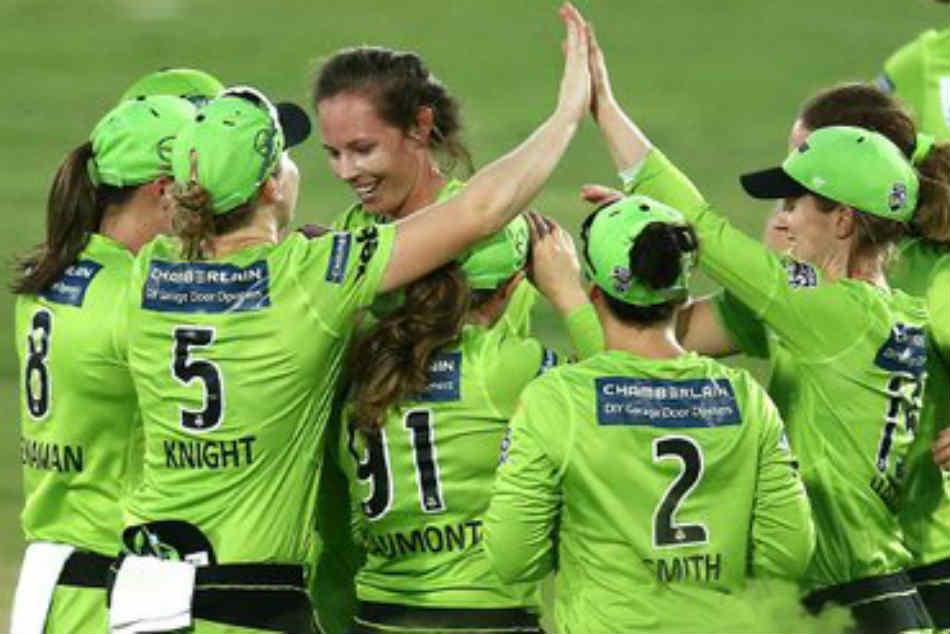 Women's Big Bash League 2020 | Sydney Thunder beat Melbourne Stars to bag title