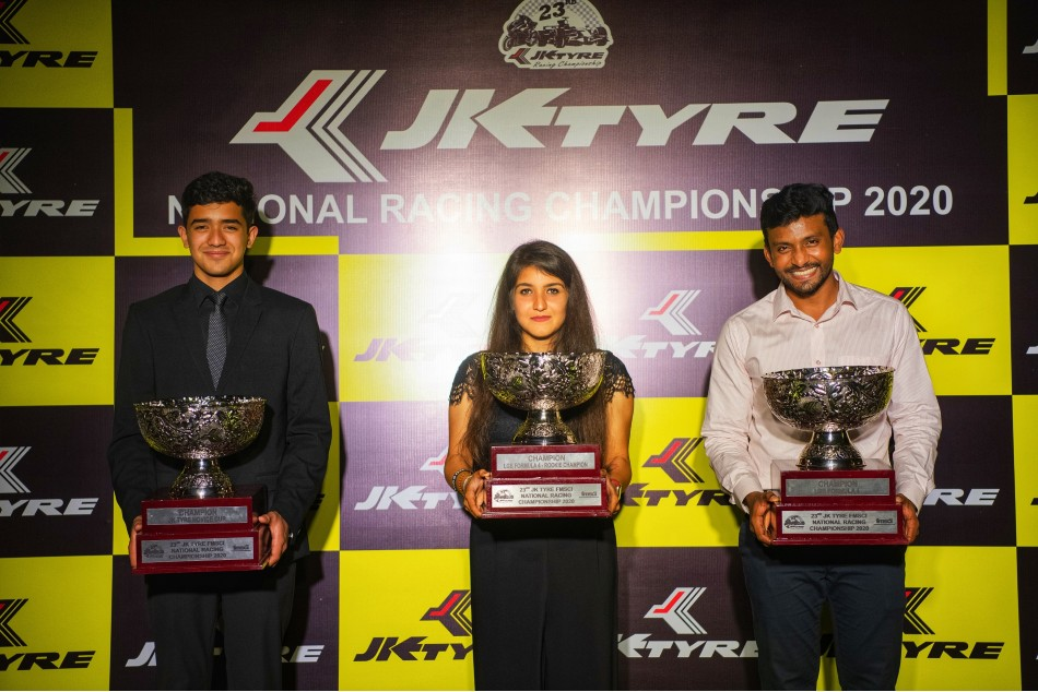 Ahura Racing S Anushriya Gulati Wins Rare Double In National Racing Championship