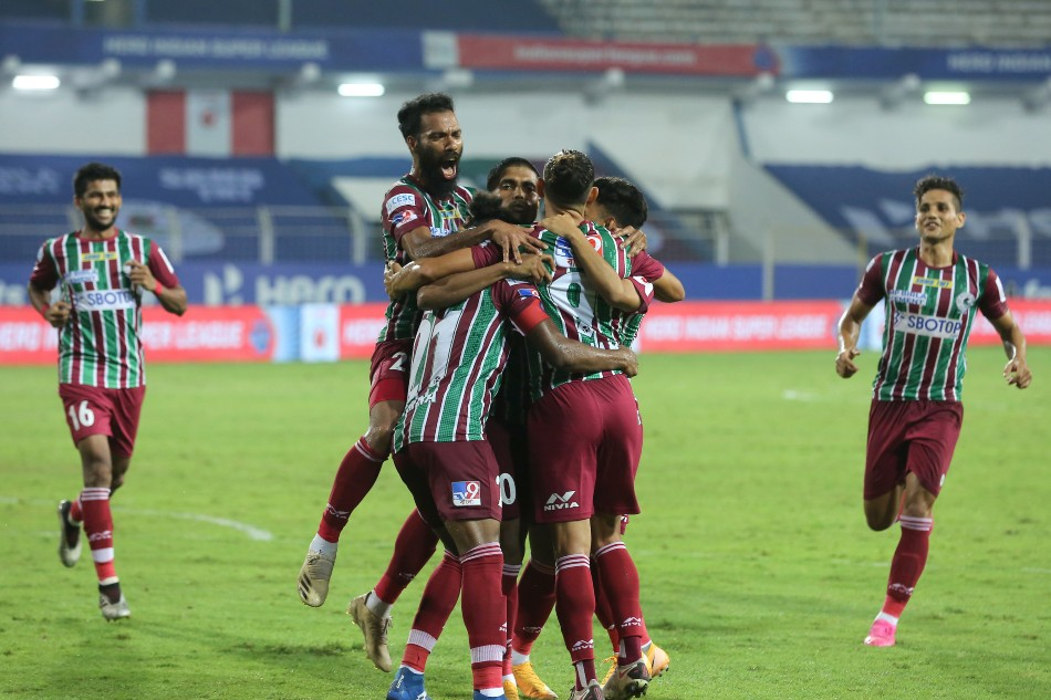 ATK Mohun Bagan players celebrate their dramatic win over CFC (Image: ISL Media)