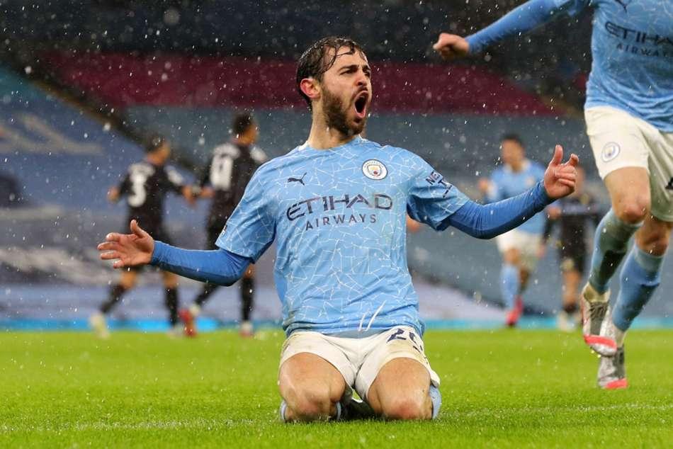 Manchester City 2-0 Aston Villa: Silva and Gundogan put Guardiola's men top amid offside controversy