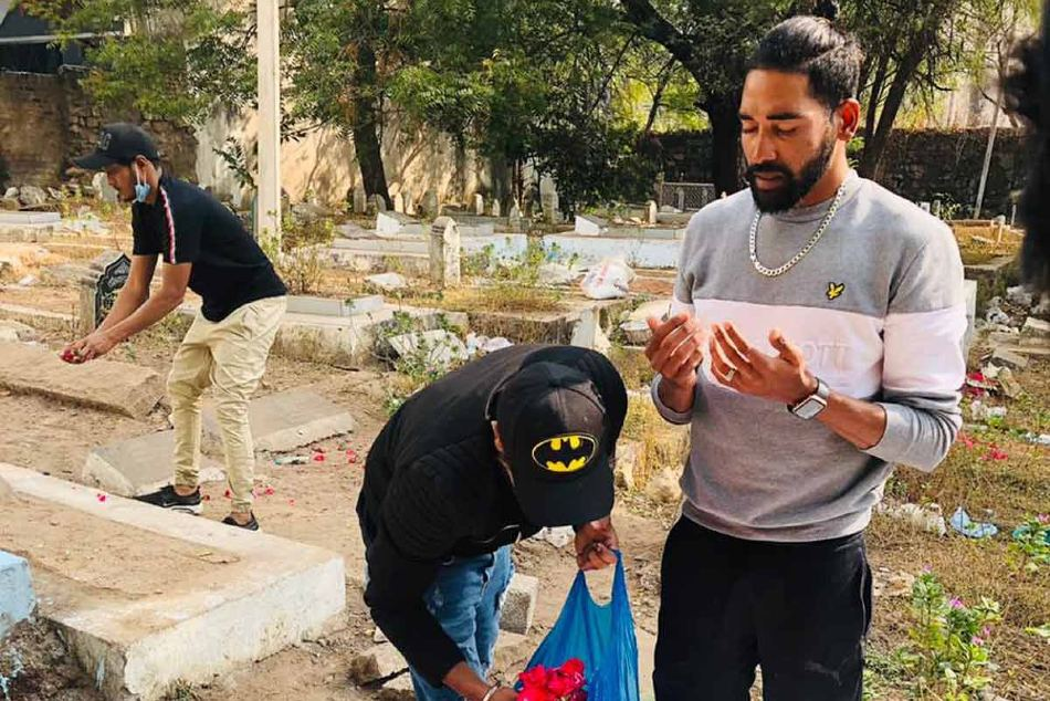 Mohammed Siraj goes straight to his father's grave after landing in Hyderabad, dedicates series win to him
