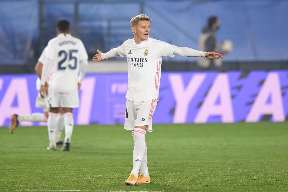 BREAKING NEWS: Odegaard joins Arsenal on loan