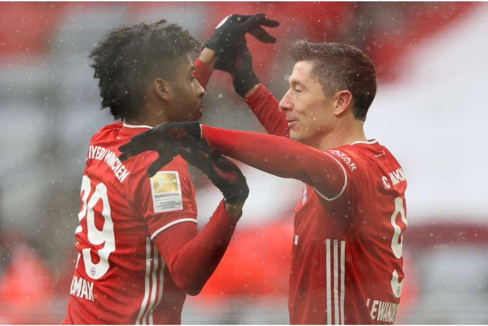 Bayern Munich 2-1 Freiburg: More history for Lewandowski in battling Die Roten win