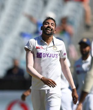 India vs Australia 4th Test: Mohammed Siraj's fifer keeps visitors in toes of Aussies as rain ends day
