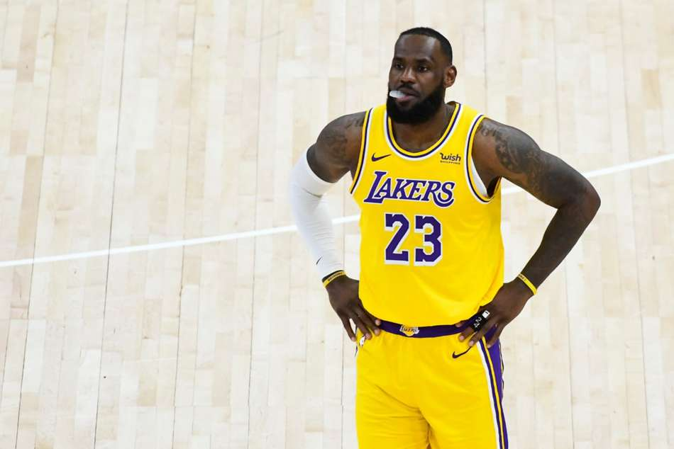 LeBron James was helpless as the Lakers were blown out by the Jazz.