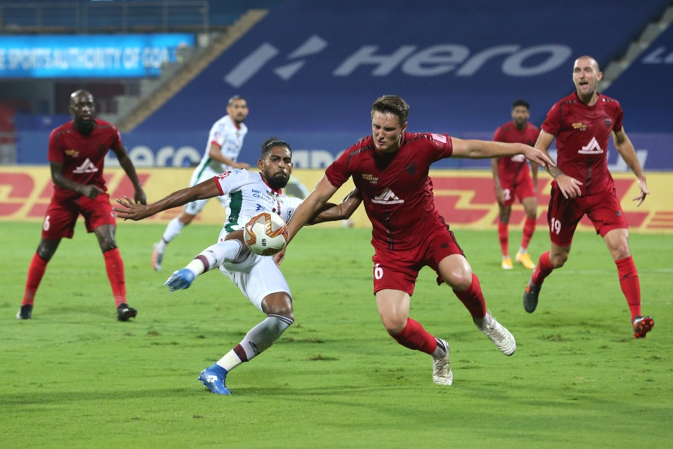 ISL 2020-21 Semifinals: NorthEast United FC, ATK Mohun Bagan finish first bout even with late thriller