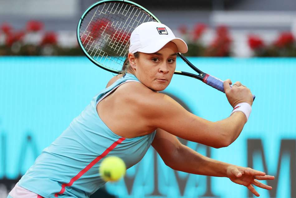 Barty Continues Red Hot Clay Streak With Victory Over Swiatek